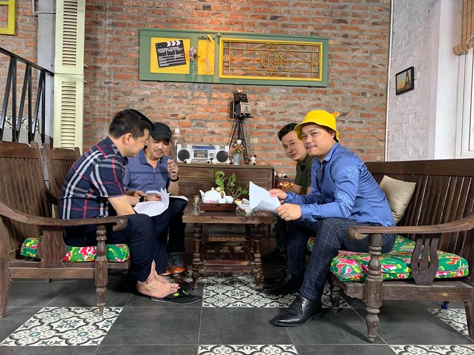 Đạo diễn Nguyễn Love nói về tin đồn