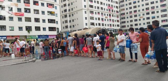 Phó Bí thư Hòa Bình: Đứng bên ngoài nhà máy nước sạch sông Đà, thấy mùi khét như cao su cháy 3