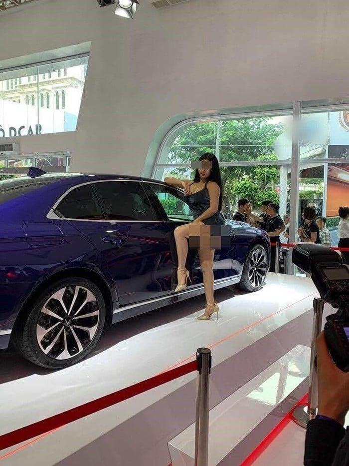 'Can Lộ Lộ phiên bản Việt' gây bức xúc ở Vietnam Motor Show 2019  5