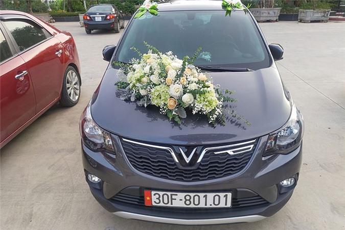 VinFast Fadil được trang trí làm xe đón dâu khiến dân mạng thích thú 4