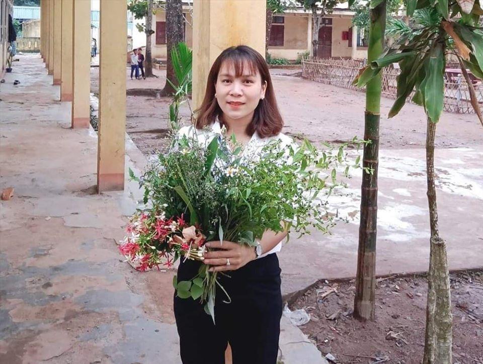 Ngày 20/11: Cá suối, hoa dại... và những món quà đặc biệt gây xúc động 2