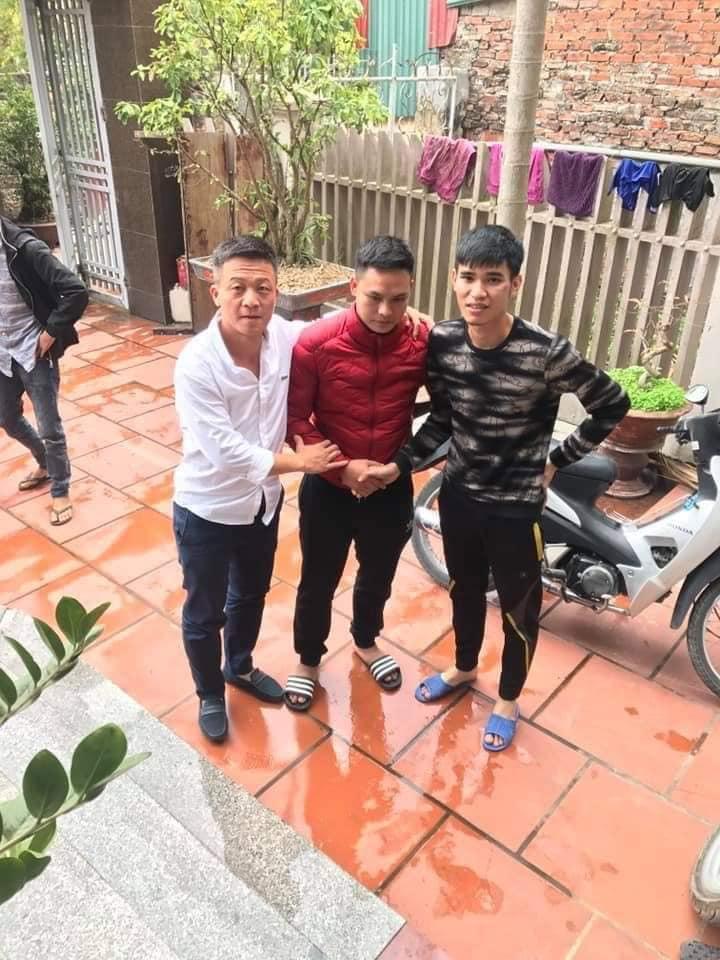 Cầu thủ đạp lên mặt đối phương ở Thái Nguyên bị dân mạng truy tìm 2