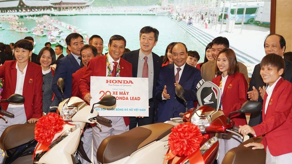 Hậu vô địch SEA Games: Số tiền thưởng cho U22 Việt Nam, ĐT nữ liên tục tăng 3