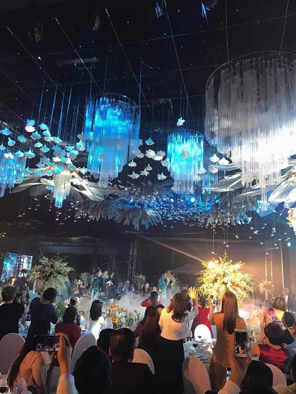 Đám cưới 'khủng' của đại gia Đất mỏ: Thực đơn 'sương sương' 35 triệu/bàn 4
