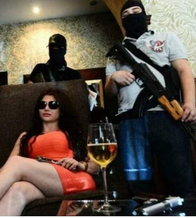 Nữ sát thủ băng đảng khét tiếng nhất Mexico bị quân đội tiêu diệt 2