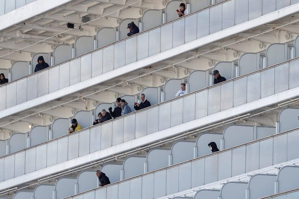 Đã có 20 người nhiễm virus Corona trên du thuyền 3.700 khách ở Nhật 5