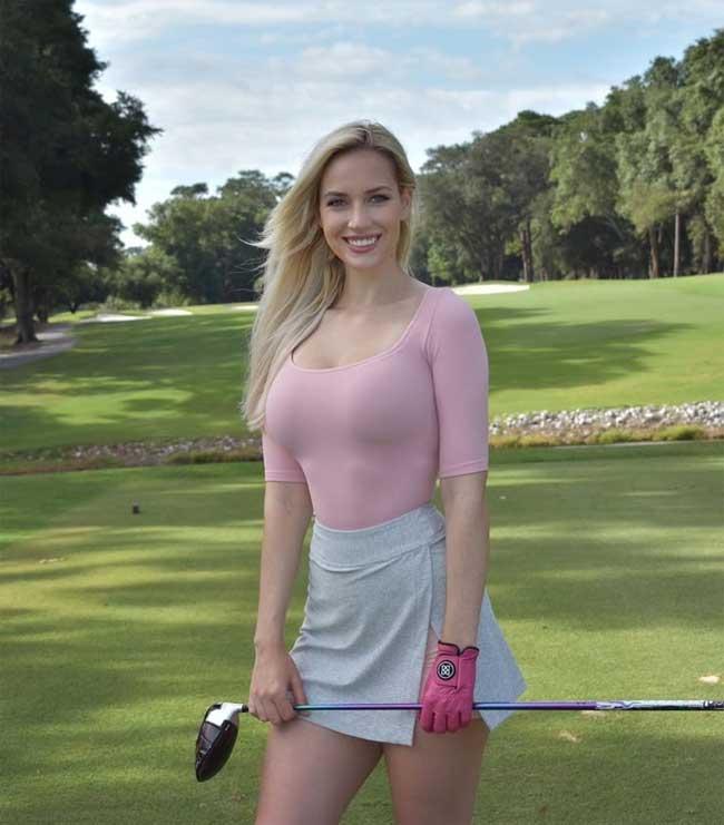 Diện trang phục quá gợi cảm khi thi đấu, nữ golf thủ bị dọa giết  5