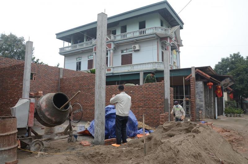 Cuộc sống bên trong xã bị cô lập vì có 6 người nhiễm Covid-19 14