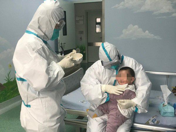 Tin mới về virus Corona: Kết quả xét nghiệm của mẹ bệnh nhi 3 tháng tuổi nhiễm Covid-19 3