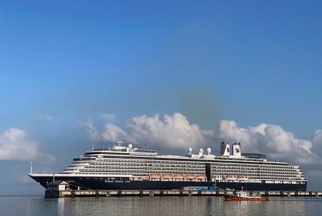 Dịch virus Corona: Truy tìm khẩn cấp hơn 1.000 hành khách từ du thuyền bị hắt hủi 4