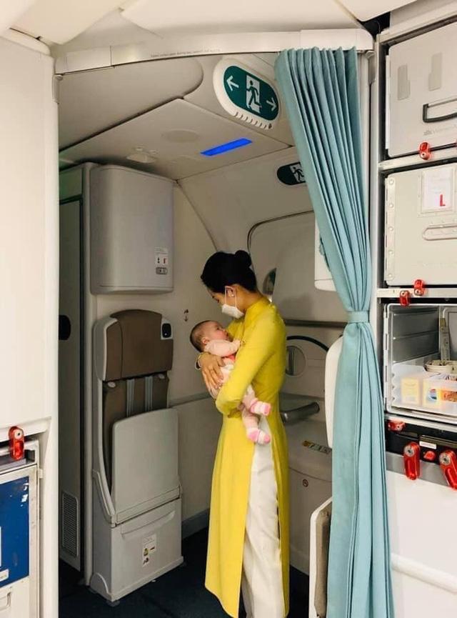 Nữ tiếp viên VNA bị nhiễm Covid-19: Hải Phòng cách ly gấp 9 người 2