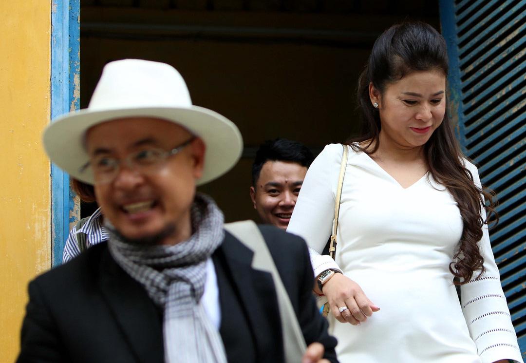 Vì sao án ly hôn nhân giữa vợ chồng bà Lê Hoàng Diệp Thảo lại bị huỷ? 2