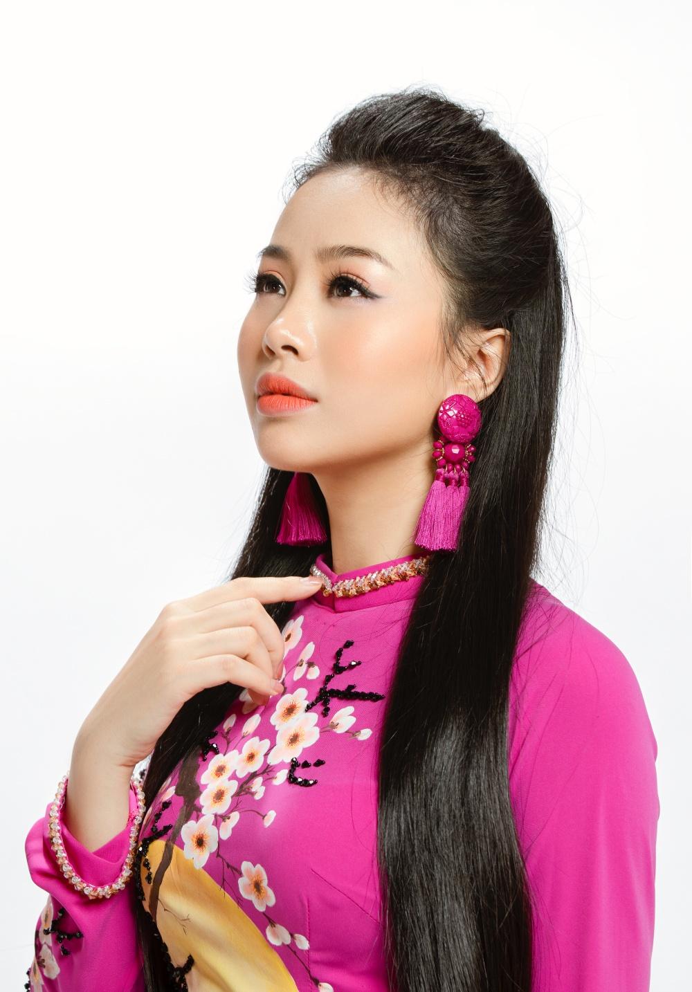 'Nàng thơ Hà thành' hãnh diện khi được hát với 3 nam danh ca đình đám  3