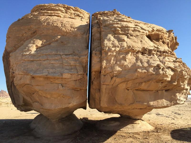 Vết cắt hoàn hảo trên khối đá hơn 10.000 tuổi khiến khoa học bó tay 3