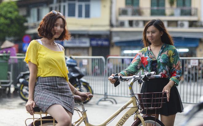 Nhiều người dân Hà Nội vẫn thờ ơ trước quyết định xử phạt không đeo khẩu trang nơi công cộng 2