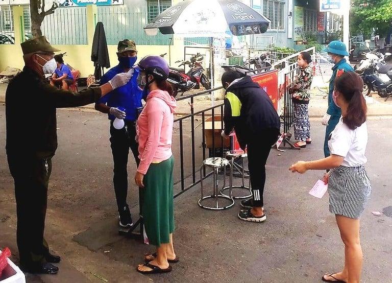 Người phụ nữ nghi mắc Covid-19 đến 2 chợ, Đà Nẵng ra thông báo khẩn 1