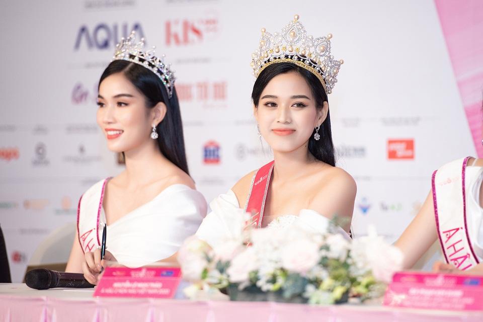 Hoa hậu Đỗ Thị Hà lên tiếng về những phát ngôn dung tục, được 'ông chú' đồng hương nâng đỡ 7