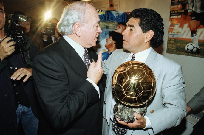 Nguyên nhân thực sự khiến 'Cậu bé vàng' Diego Maradona qua đời 6