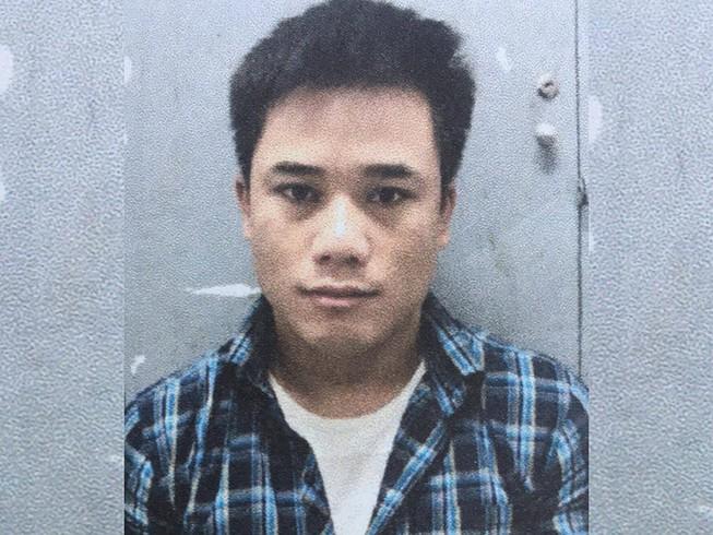 پسر بد هنگام خرید پول ، کارت ویزای گل فروشی را نیز برای خرید آیفون 12 Pro Max 1 به سرقت برد