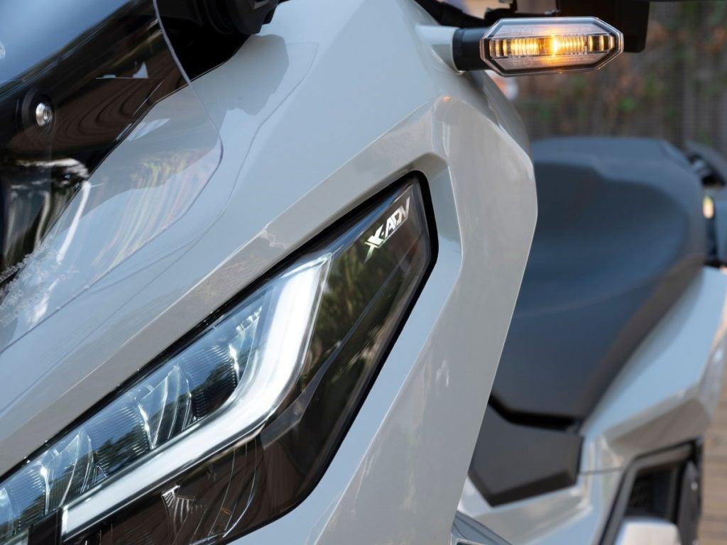 Honda X-ADV 2021 mới xuất hiện thay đổi thiết kế mới, động cơ mạnh mẽ 6