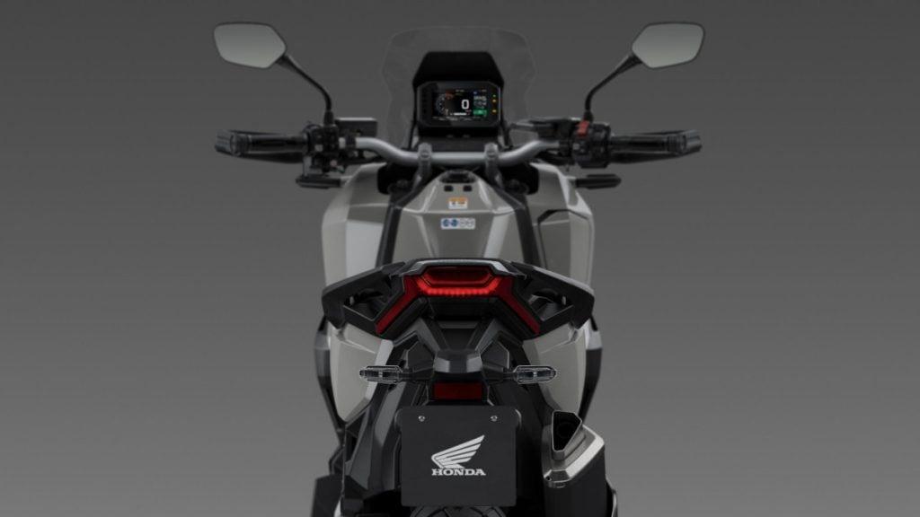 Honda X-ADV 2021 mới xuất hiện thay đổi thiết kế mới, động cơ mạnh mẽ 5