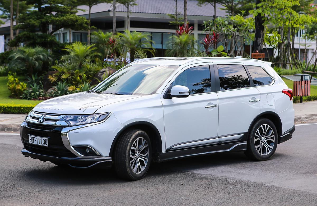 4 mẫu SUV/CUV 7 chỗ có giá tốt nhất dịp cuối năm: VinFast đứng đầu bảng, Kia Sorento theo sau 2