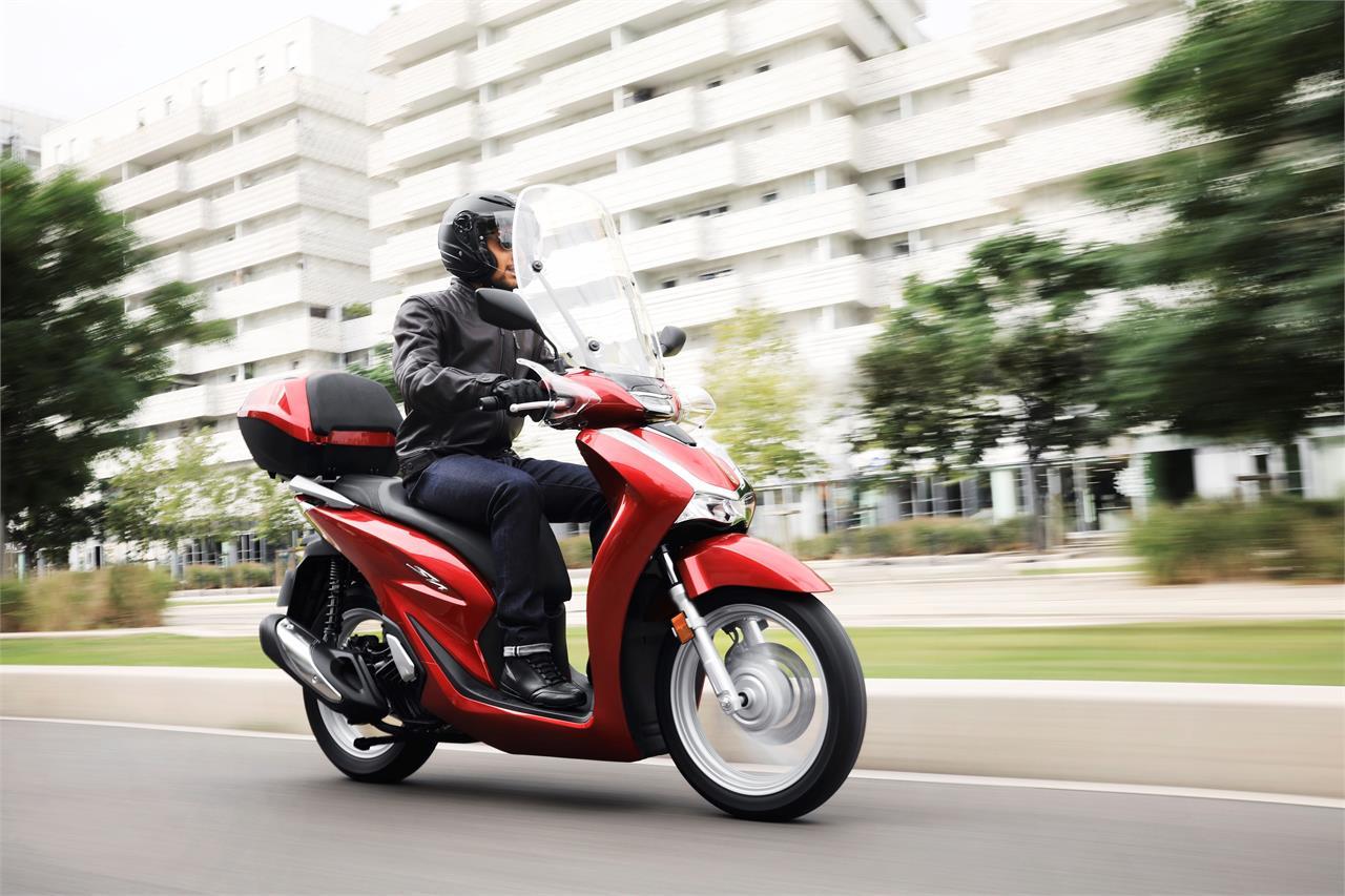 Honda SH bất ngờ giảm giá gần 14 triệu đồng dịp Black Friday 4