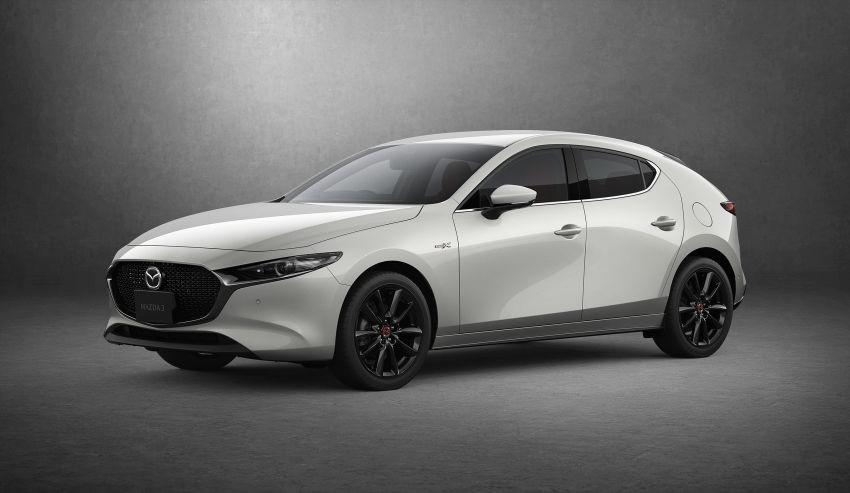 Cận cảnh Mazda3 2021 trình làng tại Nhật Bản: Mạnh mẽ hơn, an toàn hơn 2