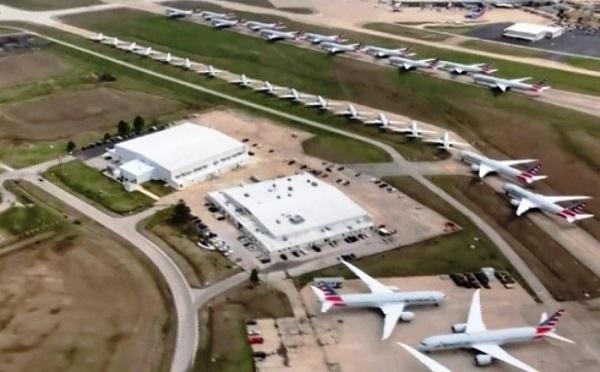 Hình ảnh máy bay xếp hàng la liệt vì ế khách mùa dịch 2