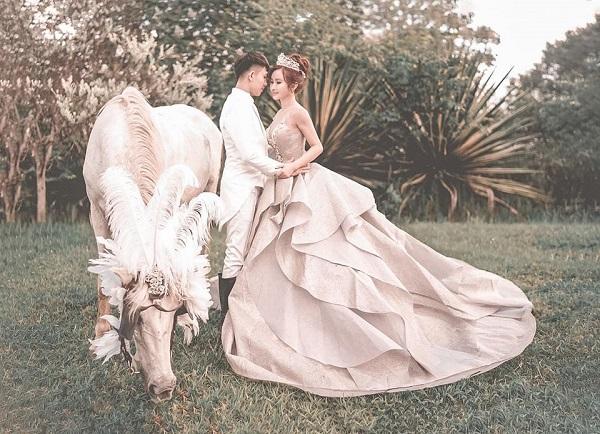 Đại gia Minh Nhựa tung bộ ảnh cưới đặc biệt hậu lên chức ông ngoại 2