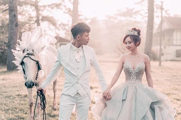 Đại gia Minh Nhựa tung bộ ảnh cưới đặc biệt hậu lên chức ông ngoại 1