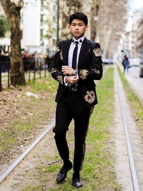 Em trai út nhà chồng Tăng Thanh Hà ngày càng điển trai, đĩnh đạc tuổi 21 1