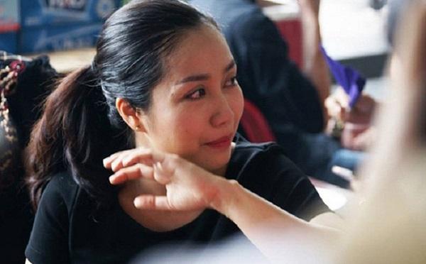 Sao Việt đến viếng bé trai vụ cây phượng bật gốc: Mong em bình yên, thanh thản 3