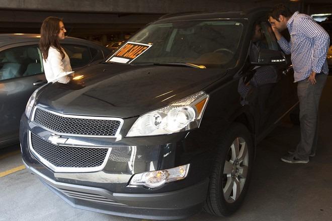 Tin ô tô xe máy ngày 20/8: Ngược đời ô tô mới giảm giá vẫn ế, ô tô cũ giá lại tăng 2