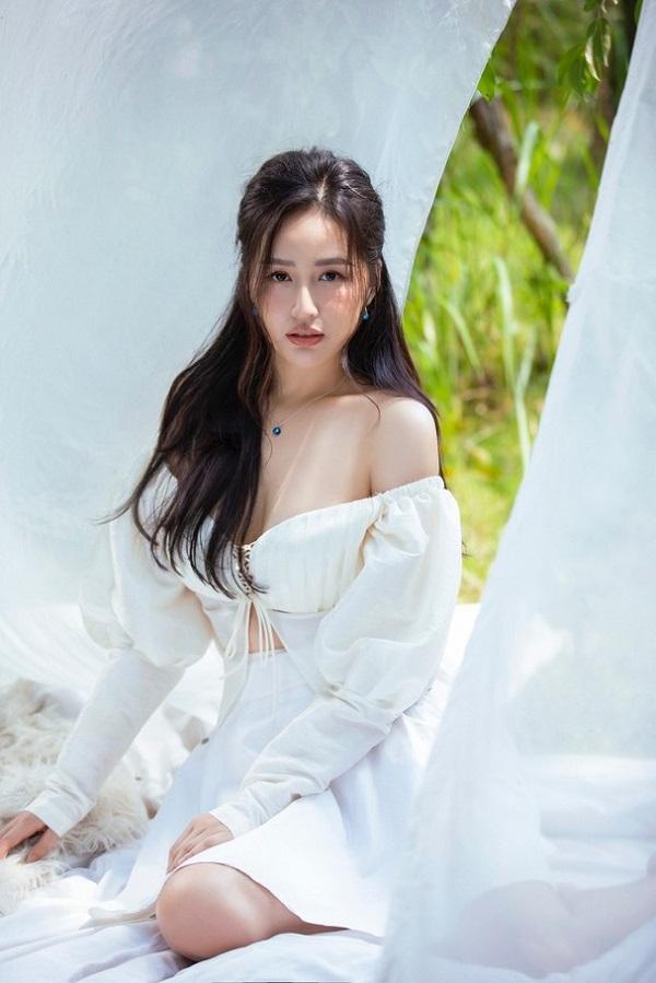Nàng hậu xế sang Đặng Lê Nguyên Vũ đón đưa công khai mối tình đầu khiến cô cả đời si mê  5