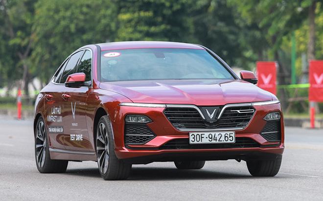 Bảng giá xe VinFast Lux A2.0 mới nhất tháng 10/2020: Thêm khuyến mại, ưu đãi 3