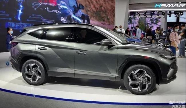 Tin xe hot nhất 26/11: 'Con cưng' ông Phạm Nhật Vượng cuối năm thắng đậm, Nissan tung mẫu xe rẻ hơn Kia Morning 5