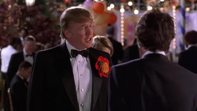 Sự nghiệp màn ảnh 'đồ sộ' của Donald Trump: Từng tham gia phim điện ảnh lẫn truyền hình, 3 lần ẵm giải Mâm xôi vàng 12