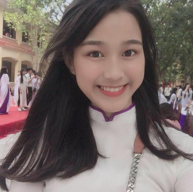 Hành trình nhan sắc của Tân Hoa hậu Đỗ Thị Hà: Từ cô bé đen nhẻm đến nàng hậu sở hữu đôi chân dài miên man 10
