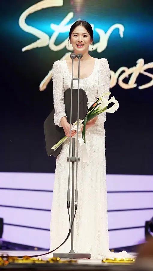 Song Hye Kyo قبل از ازدواج با Song Joong Ki 1 در آخرین