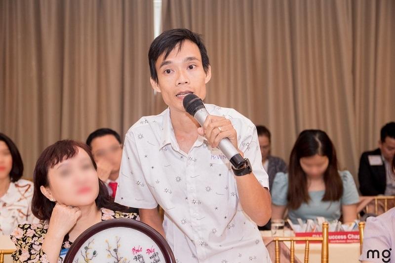 مرد جوان با 20 بار درخواست ناموفق برای یک شغل ، شرکتی ایجاد می کند تا به افراد معلول کمک کند شرایط مشابهی داشته باشند 2