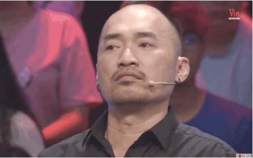 NS Hong Van و Tien Luat با شنیدن ناگهانی صدای NS Chi Tai 3 اشک ریختند