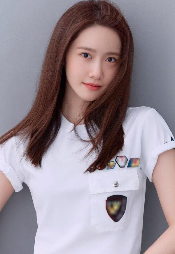 Yoona SNSD tung bộ ảnh mới, nhan sắc 'nữ thần' khiến cư dân mạng trầm trồ 2