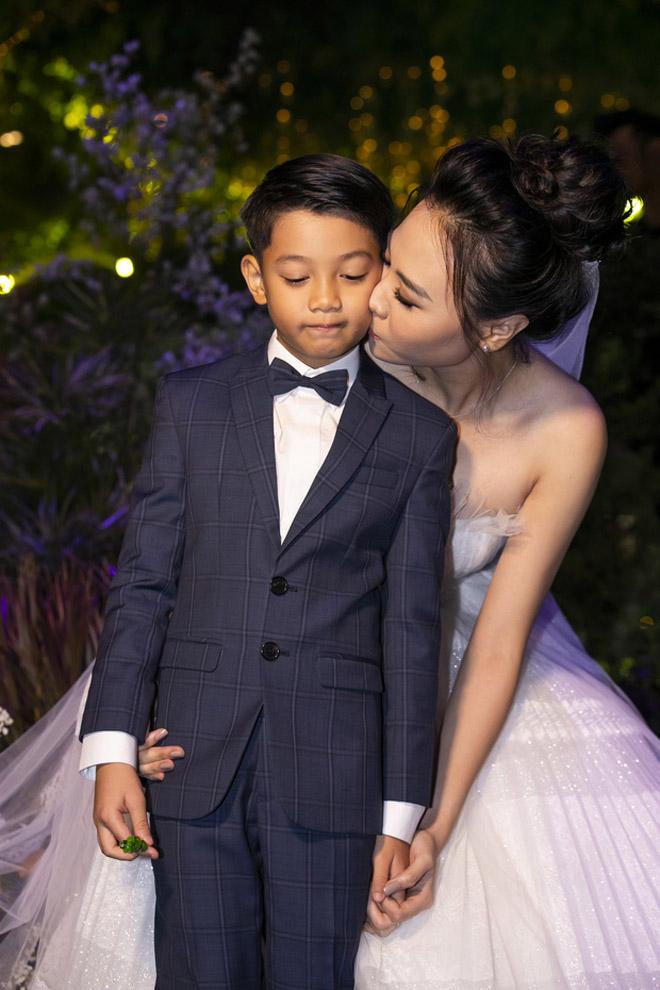 Đàm Thu Trang bất ngờ tiết lộ bí mật khó nói của Cường Đô la sau đám cưới 3