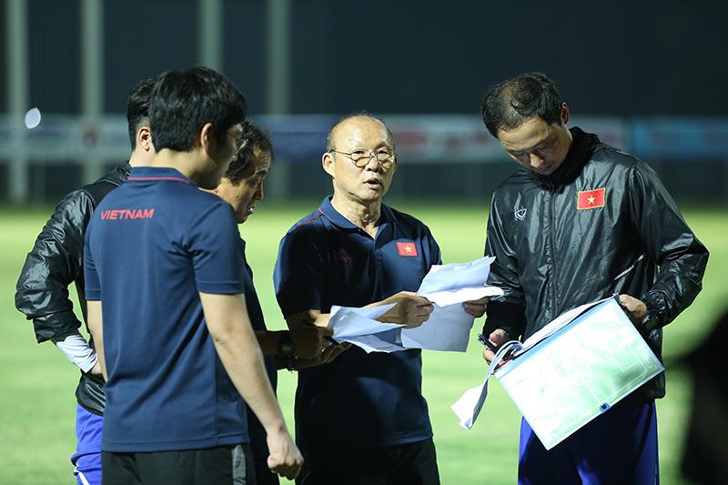 Thầy Park chốt danh sách U22 Việt Nam đấu Kitchee: Quang Hải vắng mặt 1