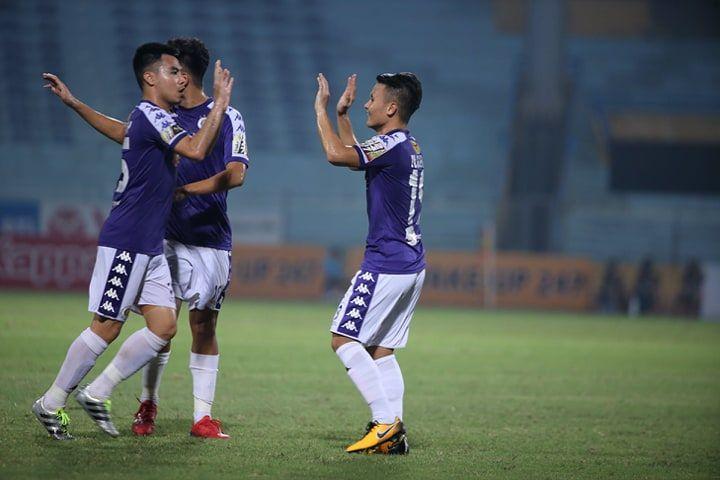 Quang Hải lập cú đúp, Hà Nội FC lội ngược dòng ngoạn mục trước Viettel 2