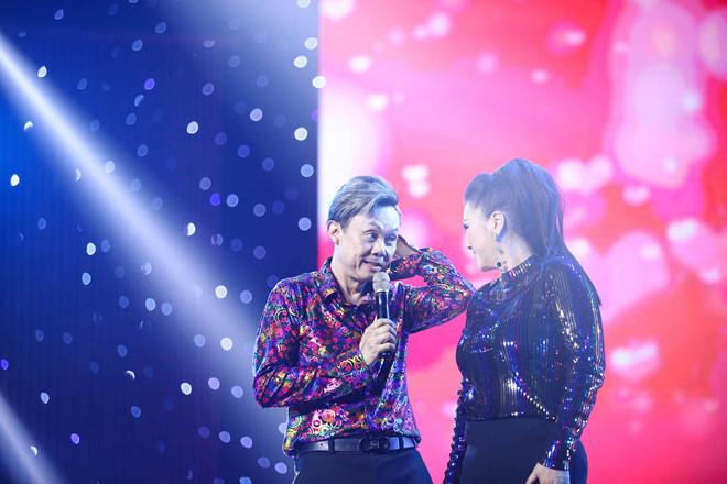 Danh hài Hoài Linh và mối quan hệ thân thiết với bà xã của Chí Tài 2