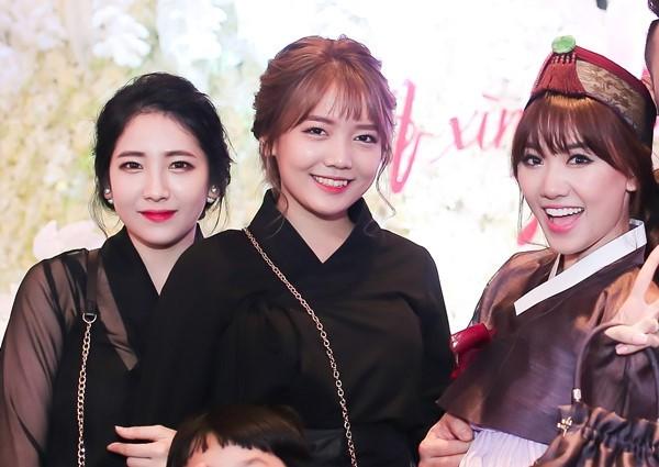 Em út của Hari Won: Dấn thân showbiz, xinh đẹp không kém chị gái 1