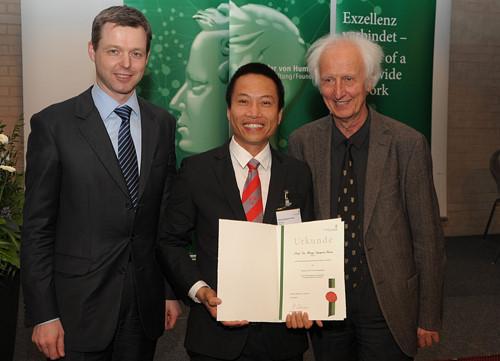 2 người Việt được vinh danh trong top các nhà khoa học được trích dẫn nhiều nhất 1