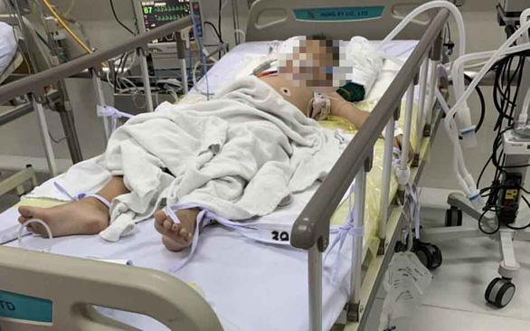 Bé trai 8 tuổi suýt chết vì học ảo thuật thắt cổ trên Youtube 1